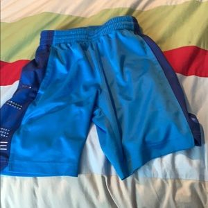 Nike elite shorts size small